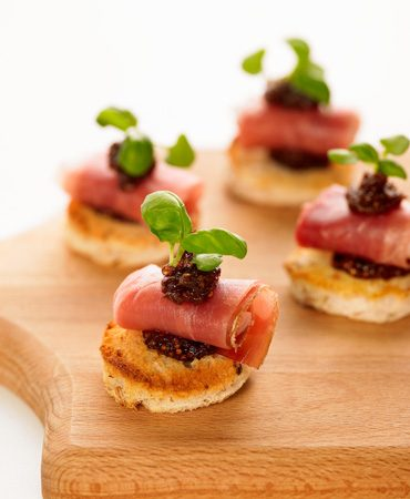 Cocktails-and-canapes-menu-370x450